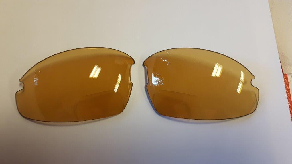 meekleurende bifocale glazen